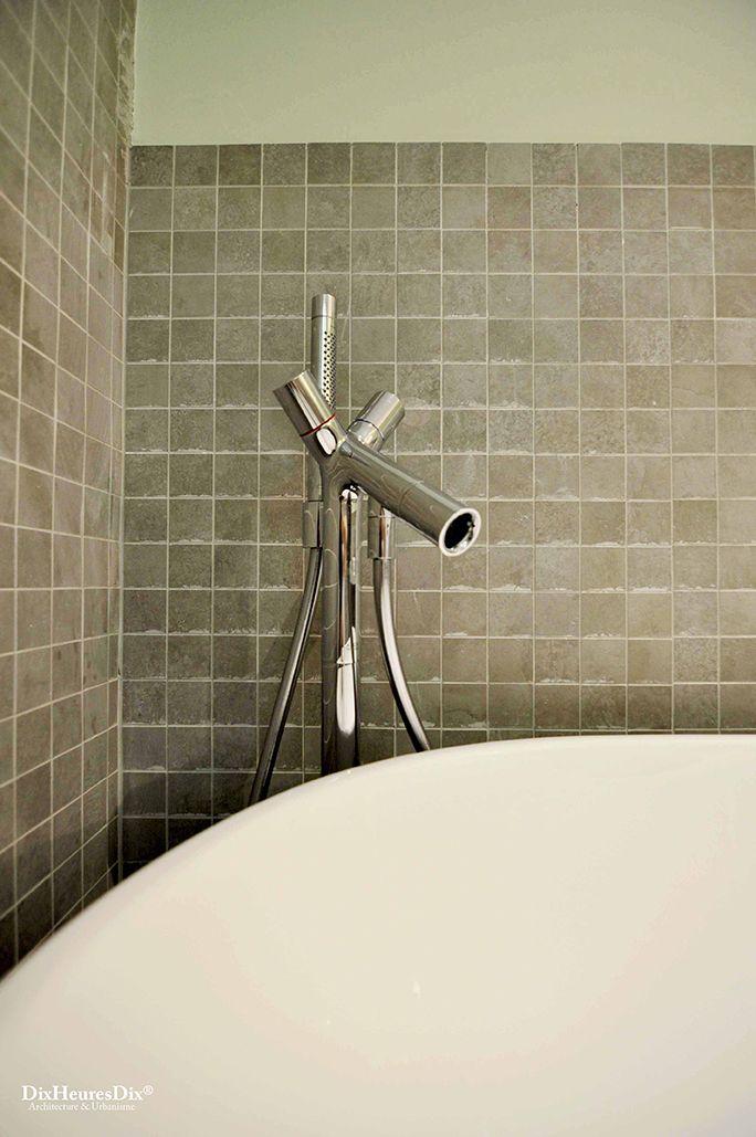 Robinet de baignoire en acier